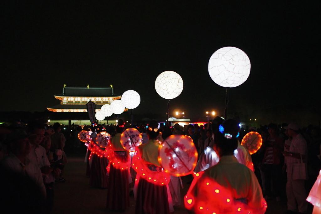 奈良天平祭 光の天平行列