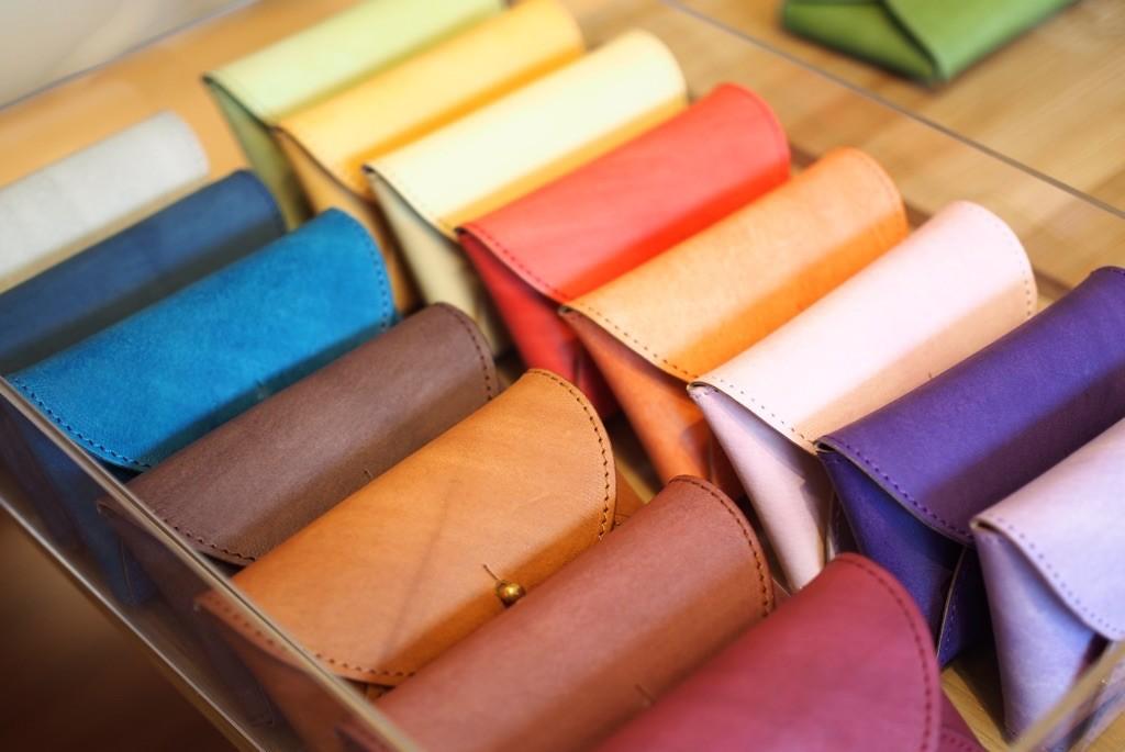 えみいろ。手染め革製品 日本の伝統色