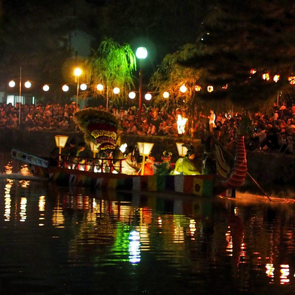 猿沢池の采女祭